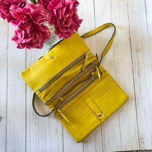 BANANA REPUBLIC cute yellow crossbody bag 🏃🏻♀️